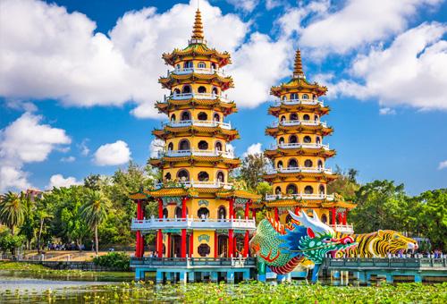 Dragon and Tiger Pagodas on Lianchitan