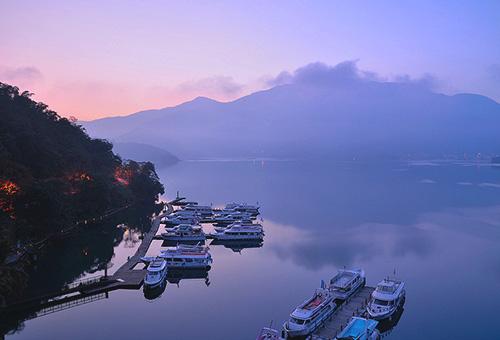 Early Morning Impressive Scenic at Sun Moon Lake