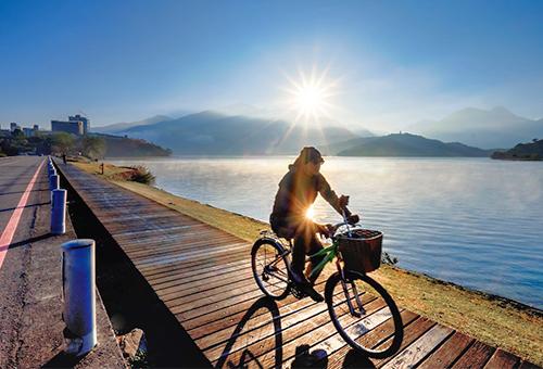 Enjoy Biking Along the Beautiful Lake