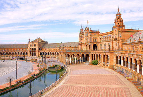 Visit the most beautiful plaza in Spain