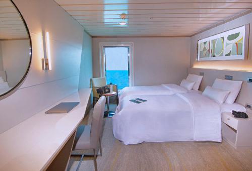 La Pinta Yacht Twin Cabin